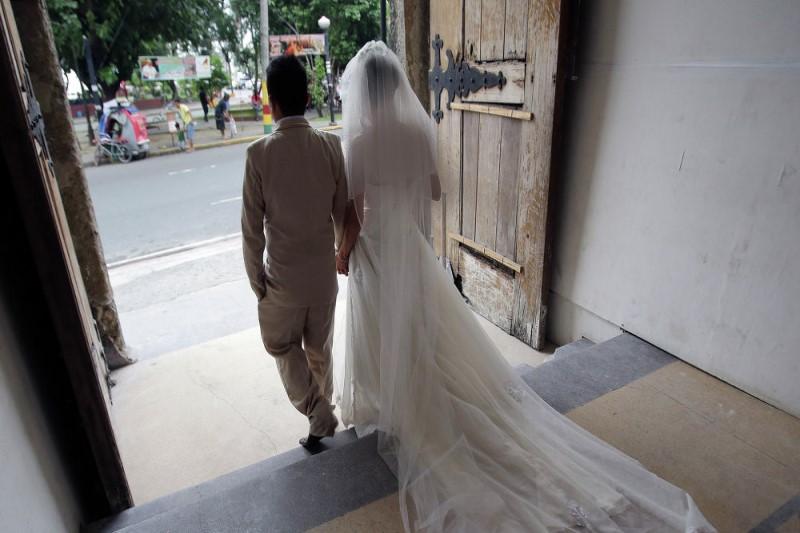 حضور ناگهانی رقیب عشقی در جشن عروسی!