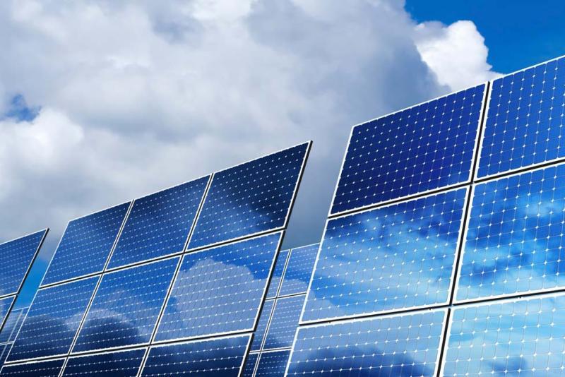 تسهیلات ۴ درصدی برای نصب پنلهای خورشیدی تخصیص داده می شود
