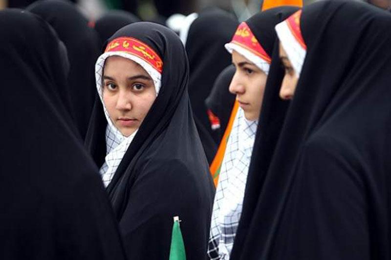 مشروح اجتماع عظیم ۵۰۰۰ نفری دختران انقلاب