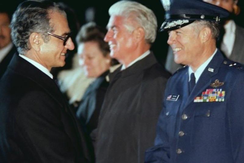 چرا ژنرال آمریکایی در کودتای تهران موفق نشد؟