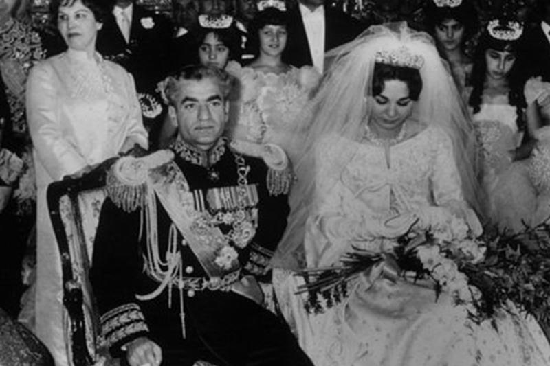 شاه و خانوادهاش 83 کاخ در داخل و خارج کشور تملک کرده بودند