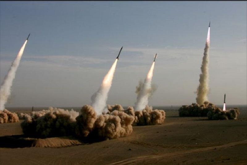حمایت مردم ایران از برنامه موشکی و هستهای