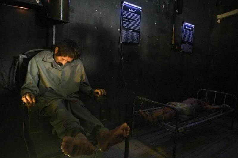 شکنجههای رایج در زندانهای ساواک چه بود