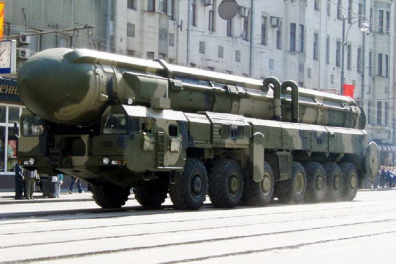 روسیه حق تولید و آزمایش موشکهای بومی برای ایران را محفوظ دانست
