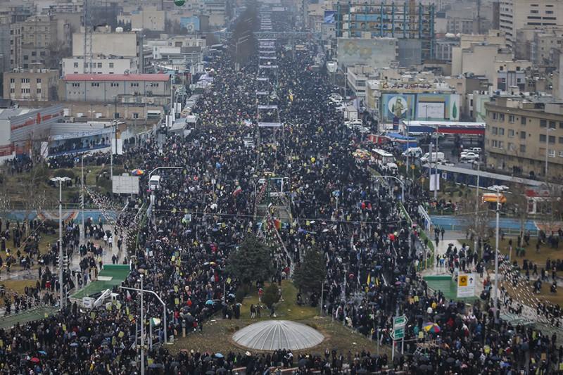 مردم ایران حقیقت ناب و گوهر تابناک خویش را آشکار کرده و به رخ جهانیان کشیدند