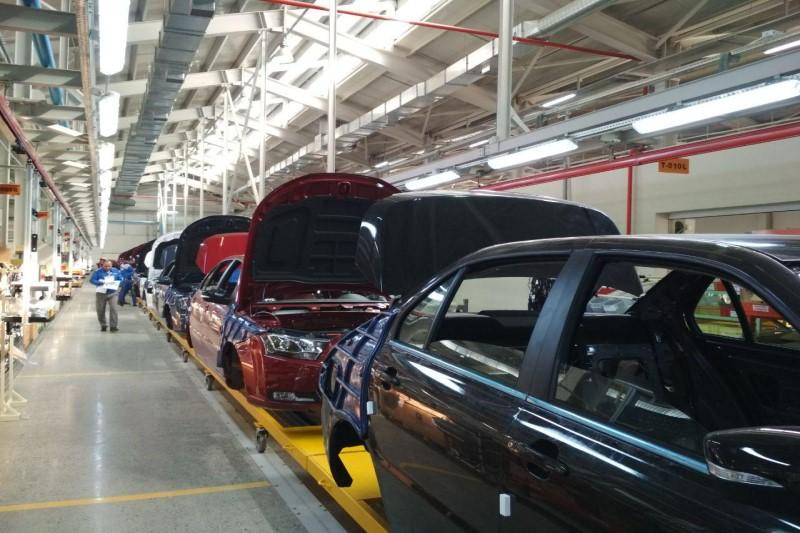 خودروسازان موظف به اعلام زمان تحویل به مشتریان هستند