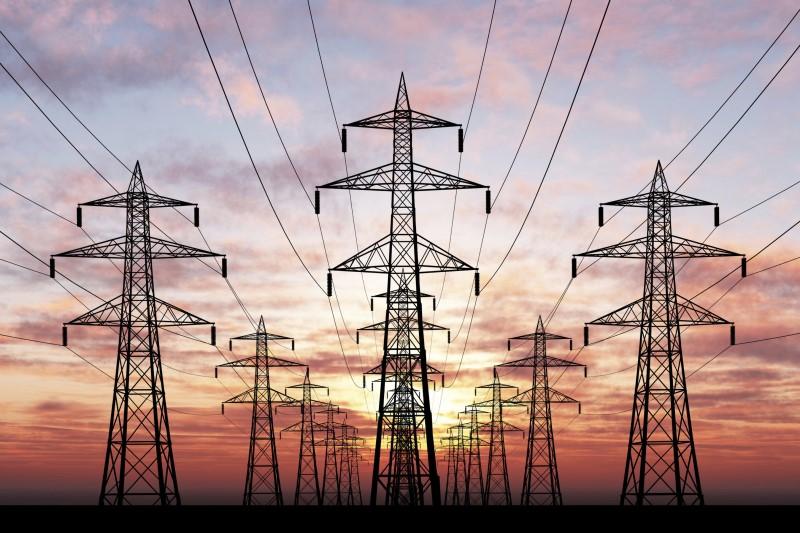 توقف ۱۰۰۰ قرارد داد حوزه برق به دلیل نوسانات نرخ ارز