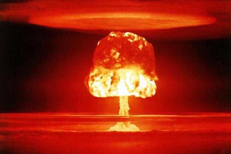 بزرگترین آزمایش هستهای آمریکا+تصاویر
