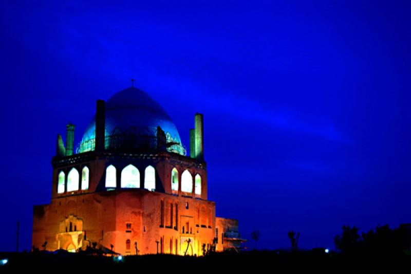 قرار بود پیکر حضرت علی (ع) به کدام شهر ایران منتقل شود؟