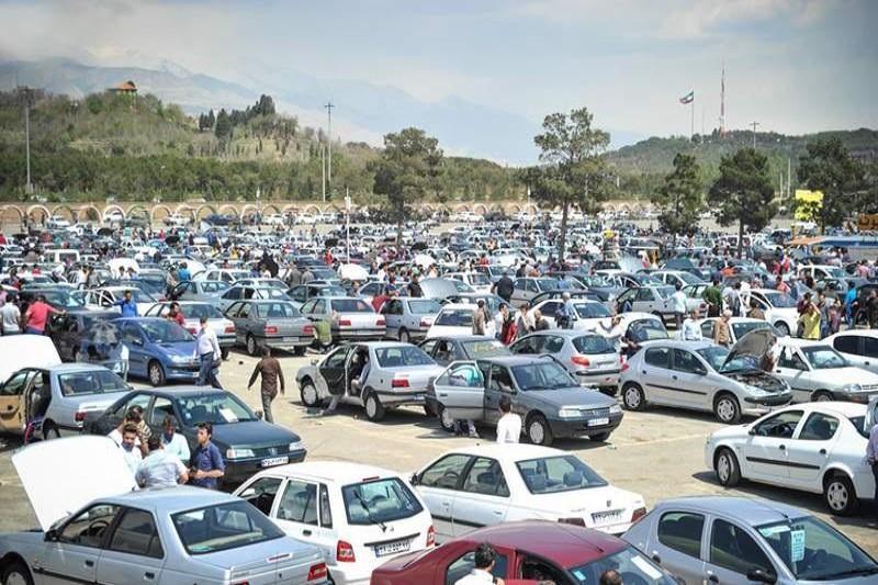 سود ۲۰۸ میلیارد تومانی دلالان خودرو در فروردین  امسال