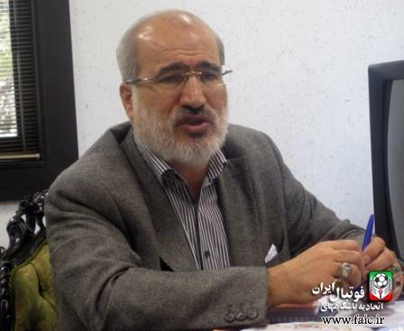 نظر عزیز محمدی درباره اتهامات مالی که به او میزنند