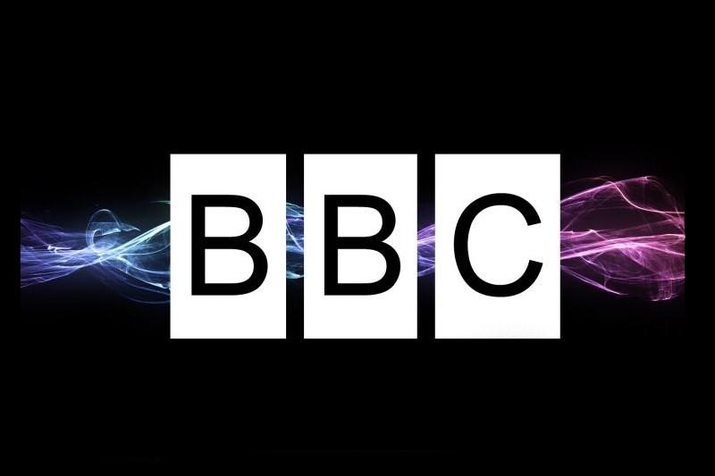 دوگانگی شبکه بیبیسی فارسی در مواجهه با حملات افراد مسلح در کشورهای مختلف+عکس