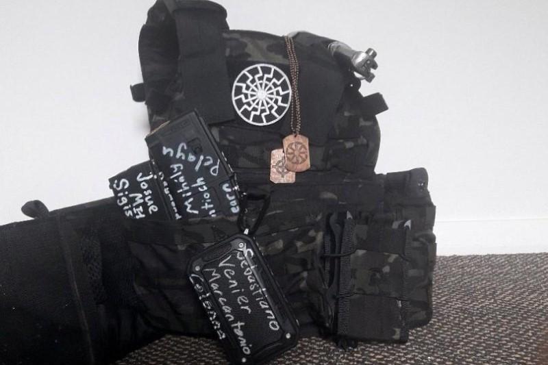 جملاتی که روی سلاح تروریست نیوزیلندی نوشته شده چه بود؟+عکس