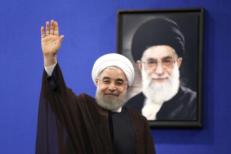 تنها راه نجات روحانی برای جلوگیری از فروپاشی دولت تدبیر و امید