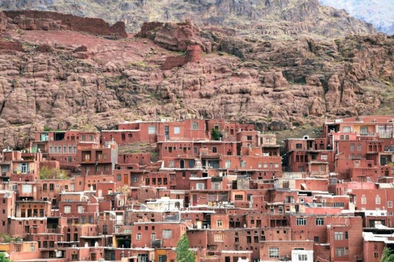 روستای ابیانه  یکی از بلندترین نقاط مسکونی ایران +تصاویر
