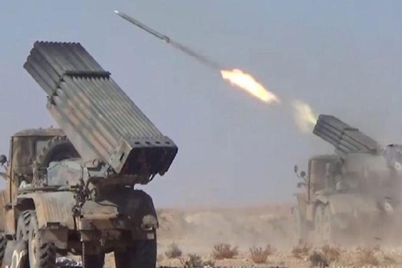 نیروهای سوری  موفق شدند پایگاه نظامی تروریستهای هیأت تحریرالشام را در حومه شهرک «جرجناز»  منهدم کنند+نقشه میدانی و عکس