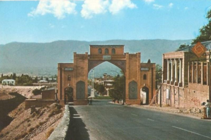 بغض تنگه الله اکبر شیراز  پس از سه دهه سکوت شکست