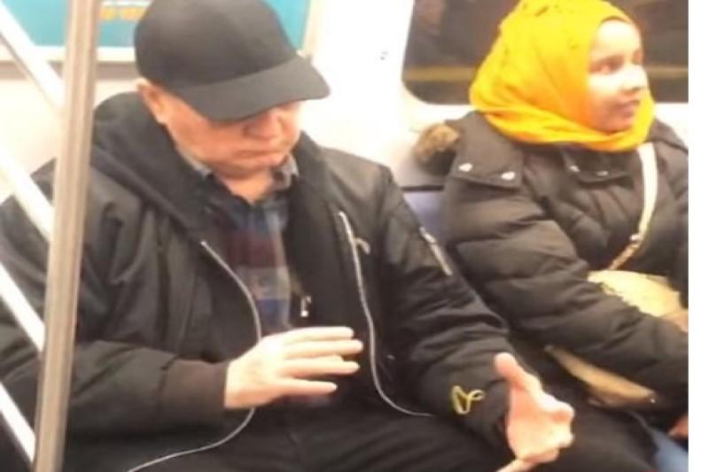 جادوگر در مترو همه را متحیر کرد+فیلم
