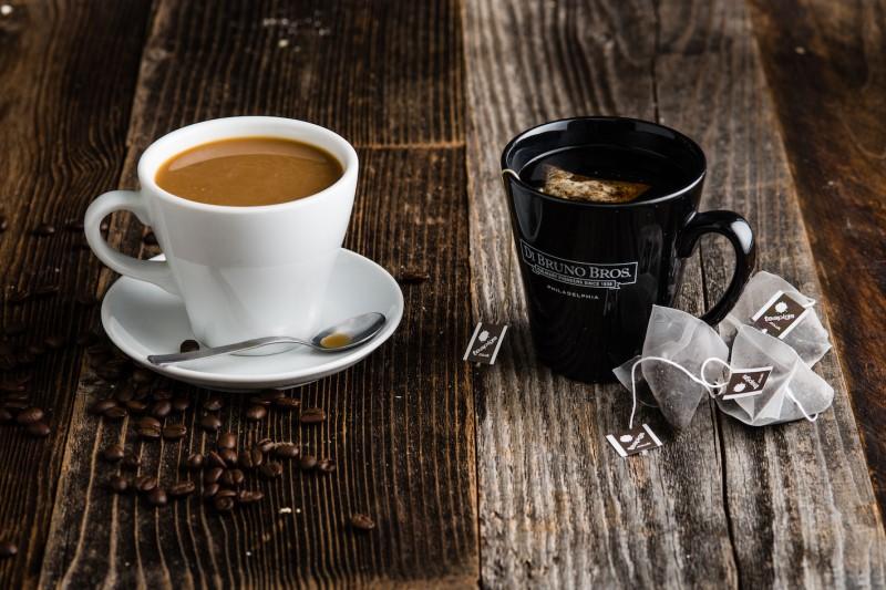 صبحانه چای بهتر است یا قهوه؟