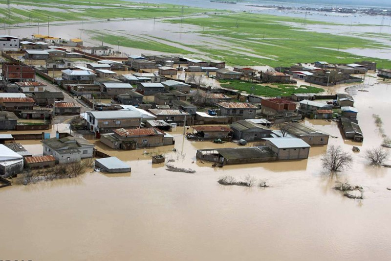 کمکها بشاردوستانه به سیلزدگان پشت دیوار تحریمها