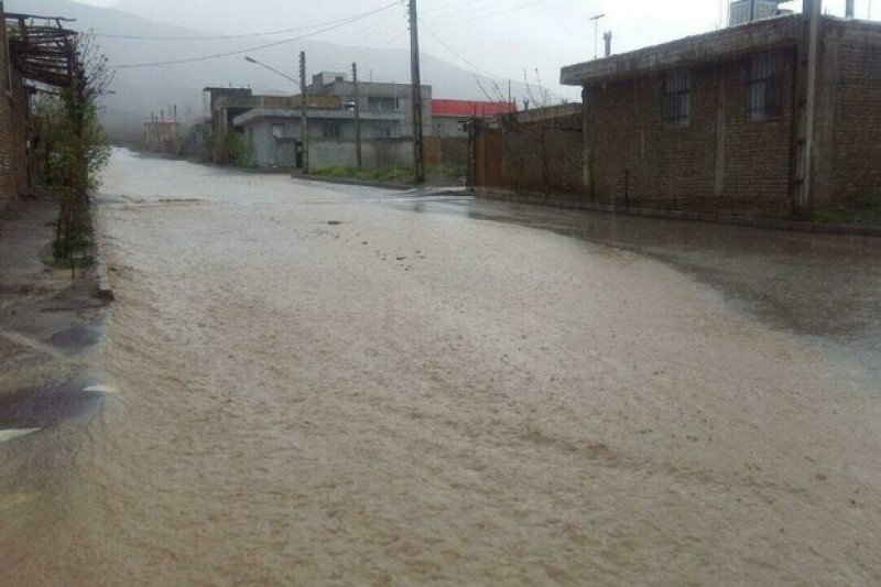 خسارت جاری شدن سیلاب در روستاهای میامی