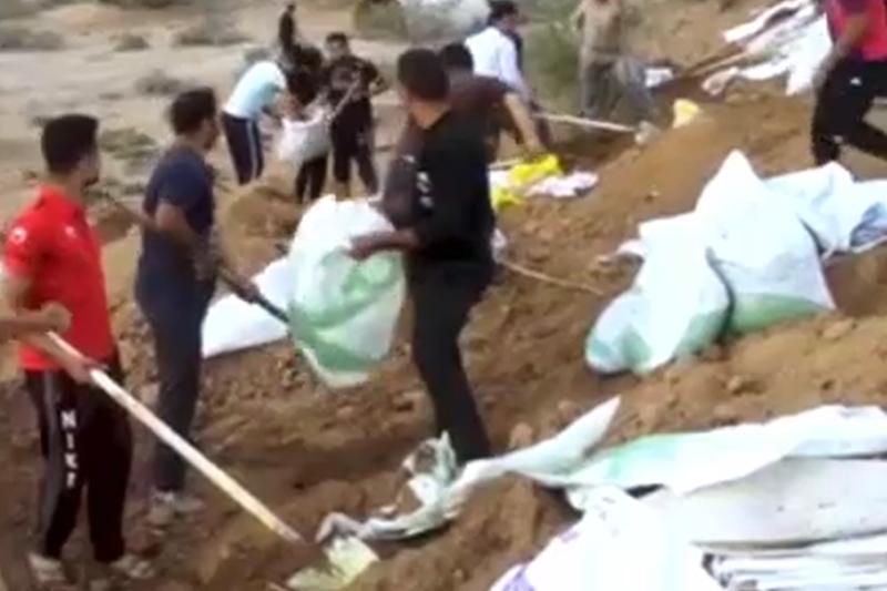 مقاومت جوانان در منطقه کوت امیر در استان خوزستان+فیلم