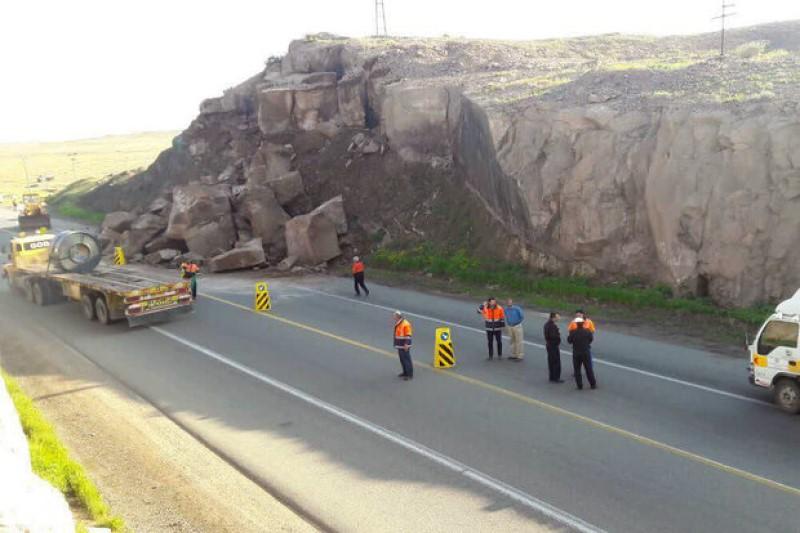 جاده قدیم قم به تهران مسدود شد