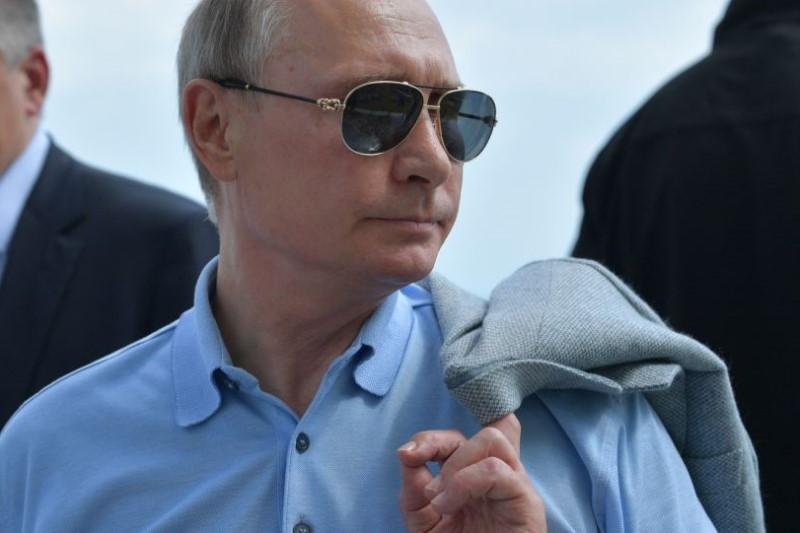 اشتباه مترجم پوتین واکنش رئیسجمهور روسیه را به همراه داشت