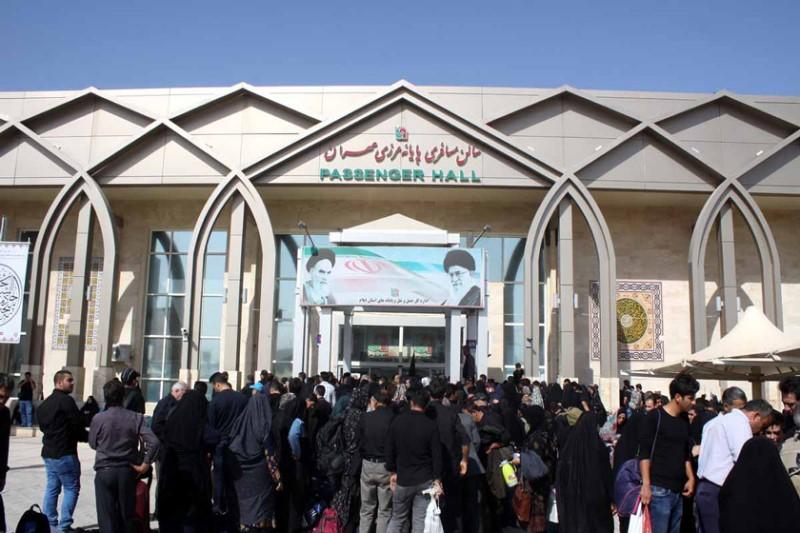 تردد زائران و مسافران از مرز مهران