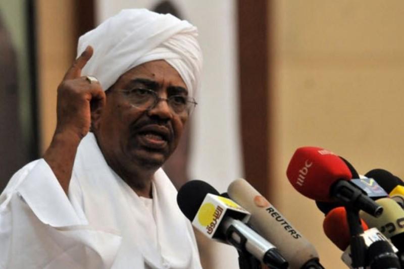 عمرالبشیر پس از سی سال مجبور شد کاخ ریاست جمهوری را ترک کند