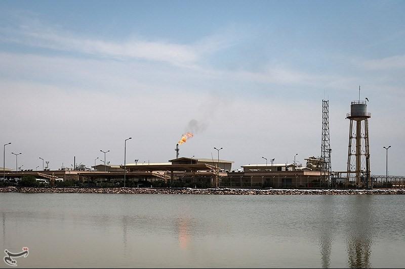 انتظار معجزه از «نفت» در مواجهه با سیل خوزستان
