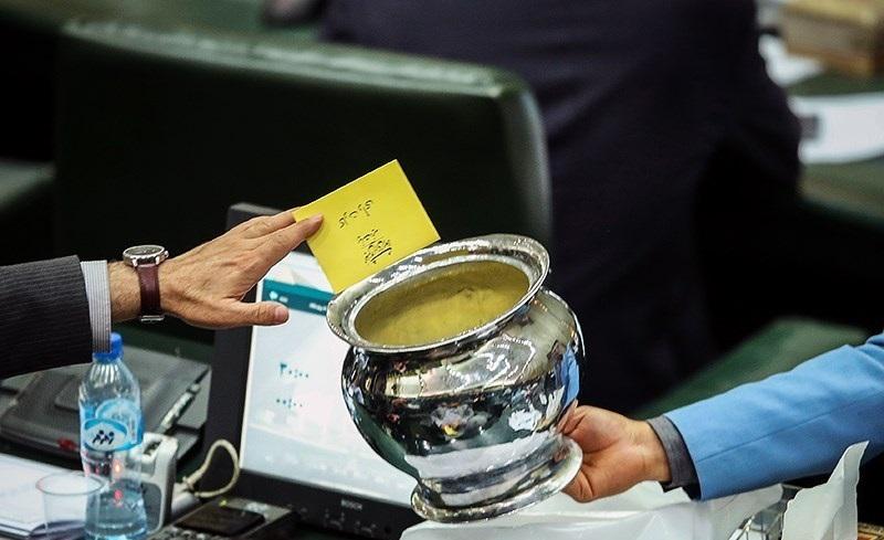 خیز قوهی قضائیه برای اجرای قانون بررسی اموال مسئولان/مجلس در آزمون شفافیت آراء نمایندگان مردود شد