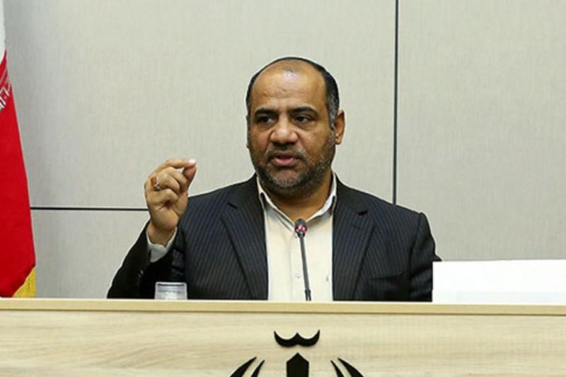 وزارت فرهنگ و ارشاد اسلامی نقش یک پلیس را بازی کند، خیلی منطقی نیست
