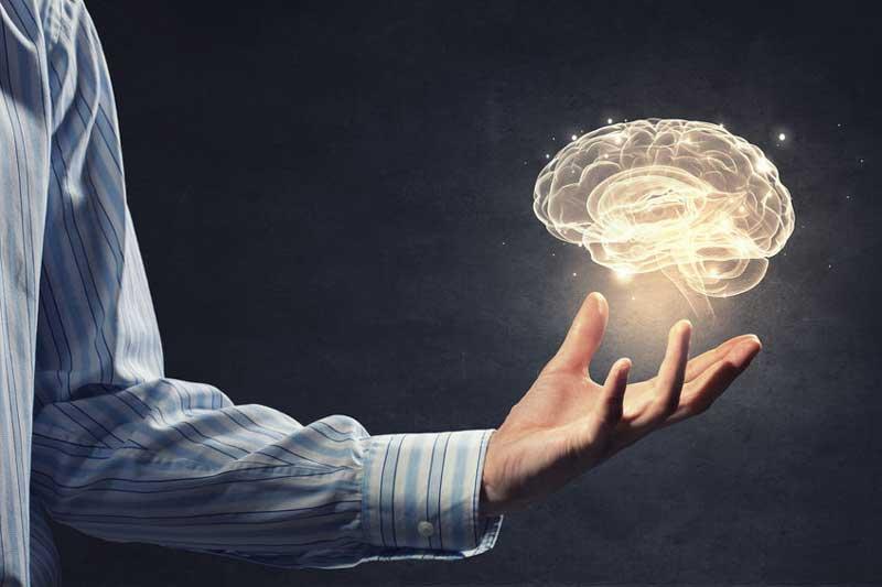 چگونه سالمندان هوشیاری ذهن خود را تقویت کنند ؟