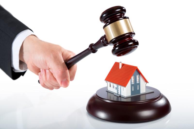 آیا مستأجر میتواند بدون هماهنگی با مالک خانه را تعمیر کند؟