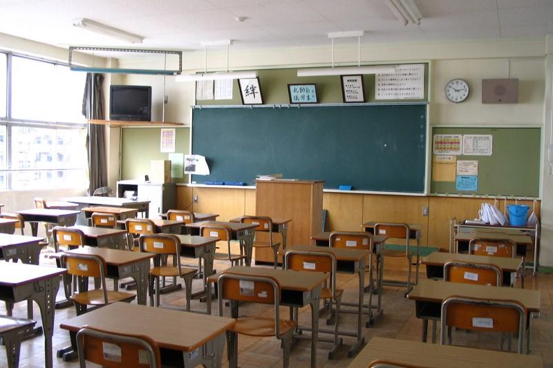 کیفیت مدارس ایرانی خارج از کشور مناسب نیست