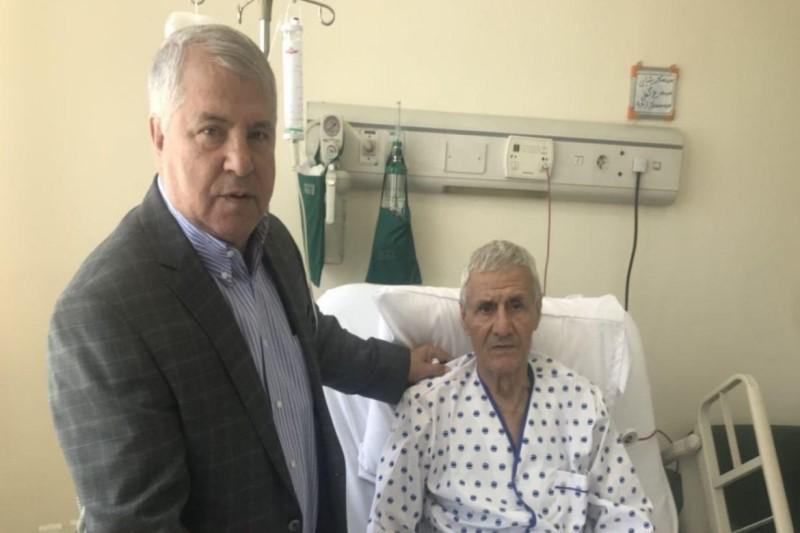 علی پروین به عیادت سرمربی سابق تیم ملی فوتبال رفت