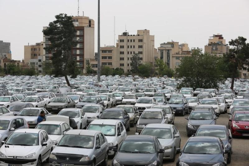 کمبود پارکینگ به شدت ناشران را آزار میدهد