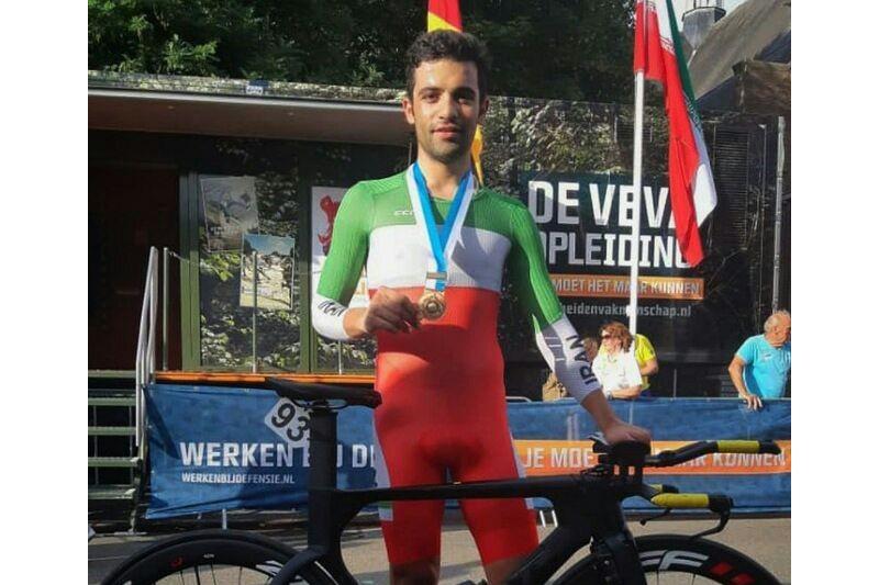 گنج خانلو مدال طلای قهرمانی آسیا دوچرخه سوار را کسب کرد