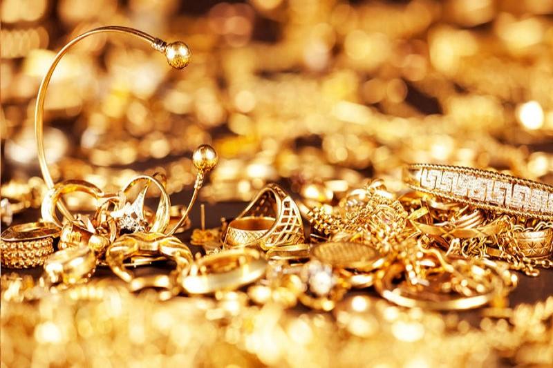 قیمت طلا و سکه کاهش می یابد