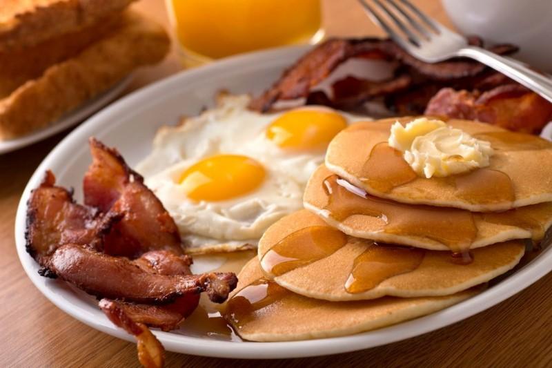 خوراکیهایی که خوردن آن ها در صبحانه ممنوع است!
