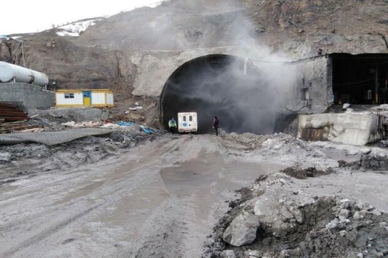 انفجار تونل در حین عملیات حفاری نبوده است