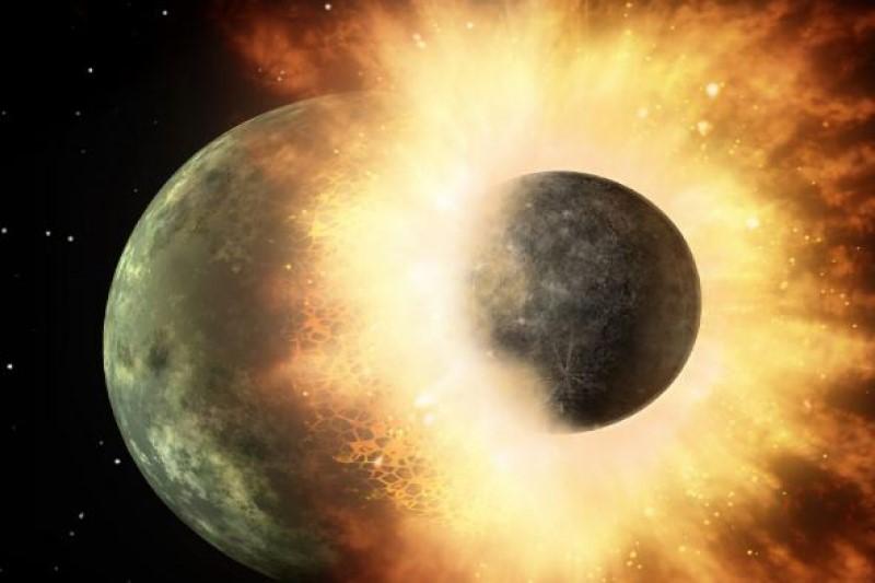علت  شکل گیری کره ماه چیست؟