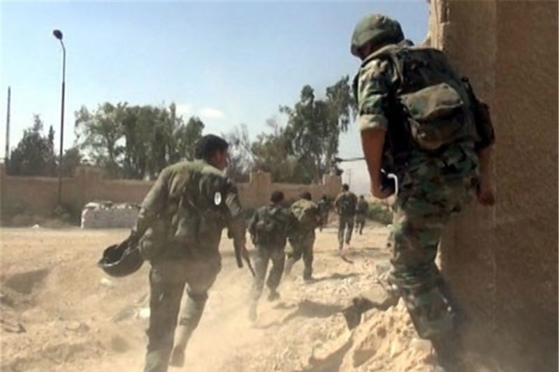 نیروهای سوری به مواضع  تروریستها در ادلب حمله کردند
