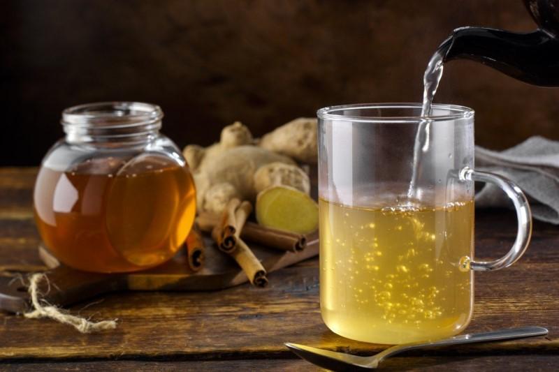 قبل از ماه رمضان معده خود را  با آب و عسل پاکسازی کنید