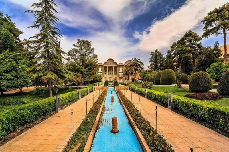 ماه زیبای اردیبهشت در شیراز+تصاویر