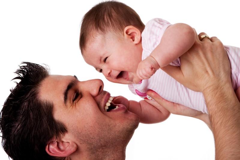 محبت پدران به نوزادان شبیه خود!