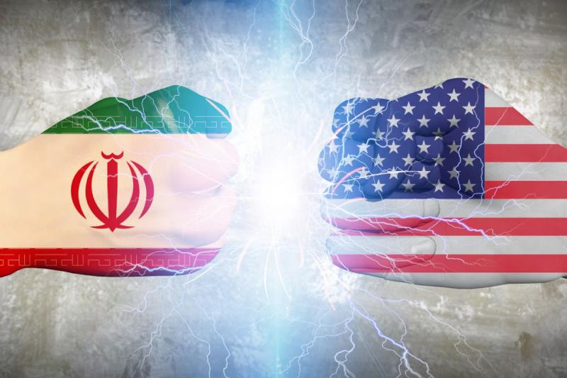 فایننشیال تایمز:  اقدامات آمریکا علیه ایران سبب تقویت نیروهای تندرو در ایران میشود