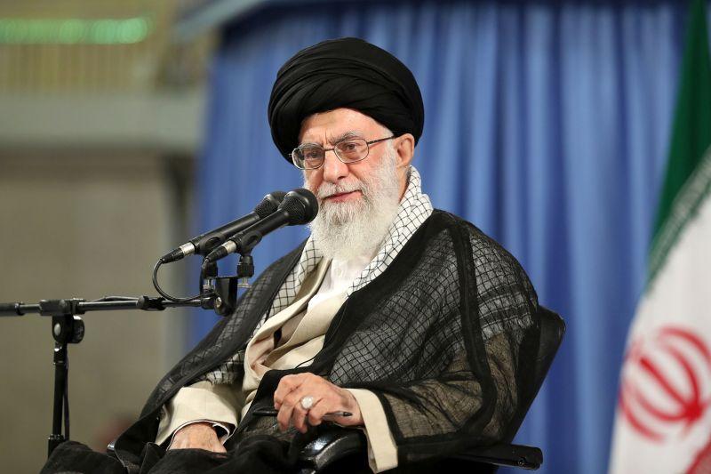 سفارش رهبر معظم انقلاب درباره فیض بردن از ایام پر خیر و برکت ماه مبارک رمضان+سخن نگاشت