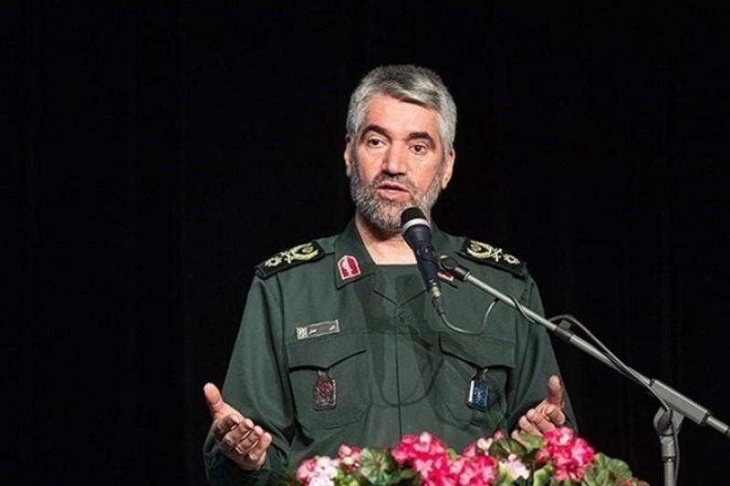 سپاه در مدیریت منطقه خیلی بهتر از غربیها عمل میکند